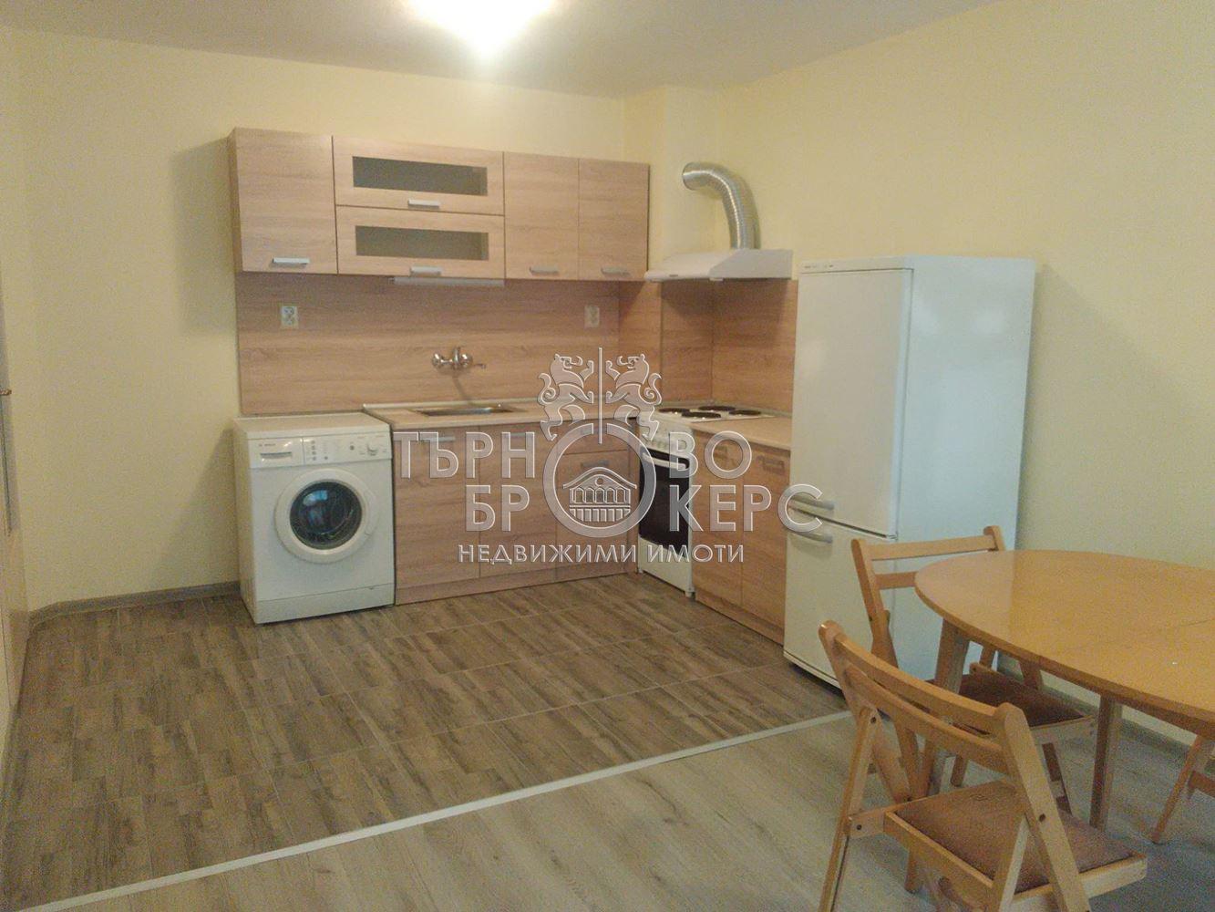 Двустаен апартамент  във  Велико Търново за 380лв - Двустаен