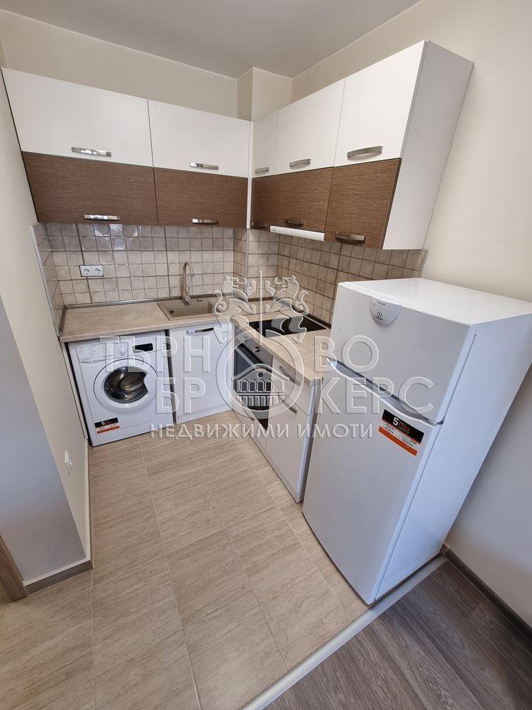 Двустаен апартамент  във  Велико Търново за 380  лв - Двустаен