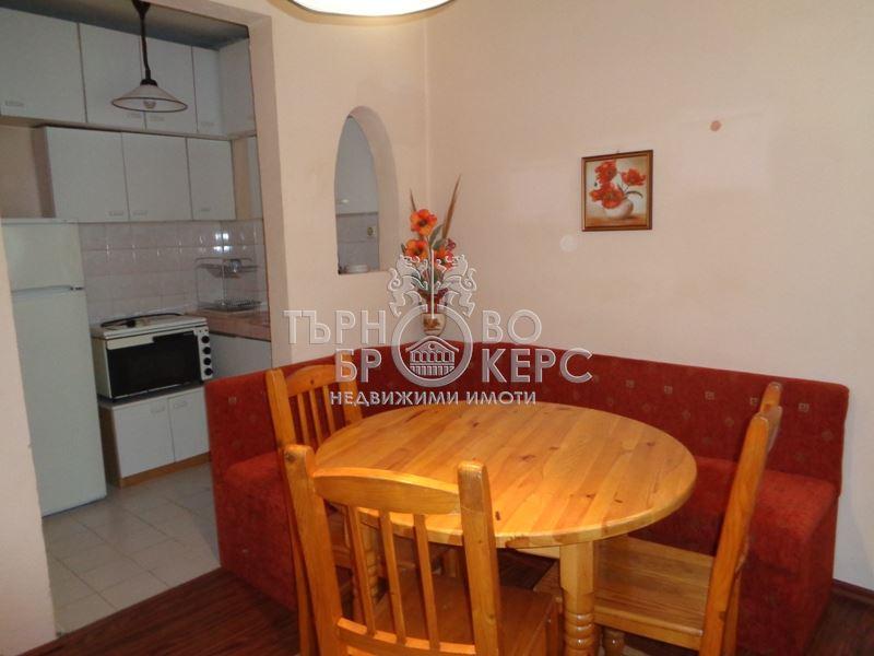 Двустаен апартамент  във  Велико Търново за 300  лв - Двустаен