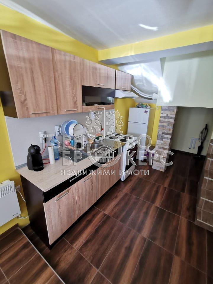 Двустаен апартамент  във  Велико Търново за 320  лв - Отдава под наем