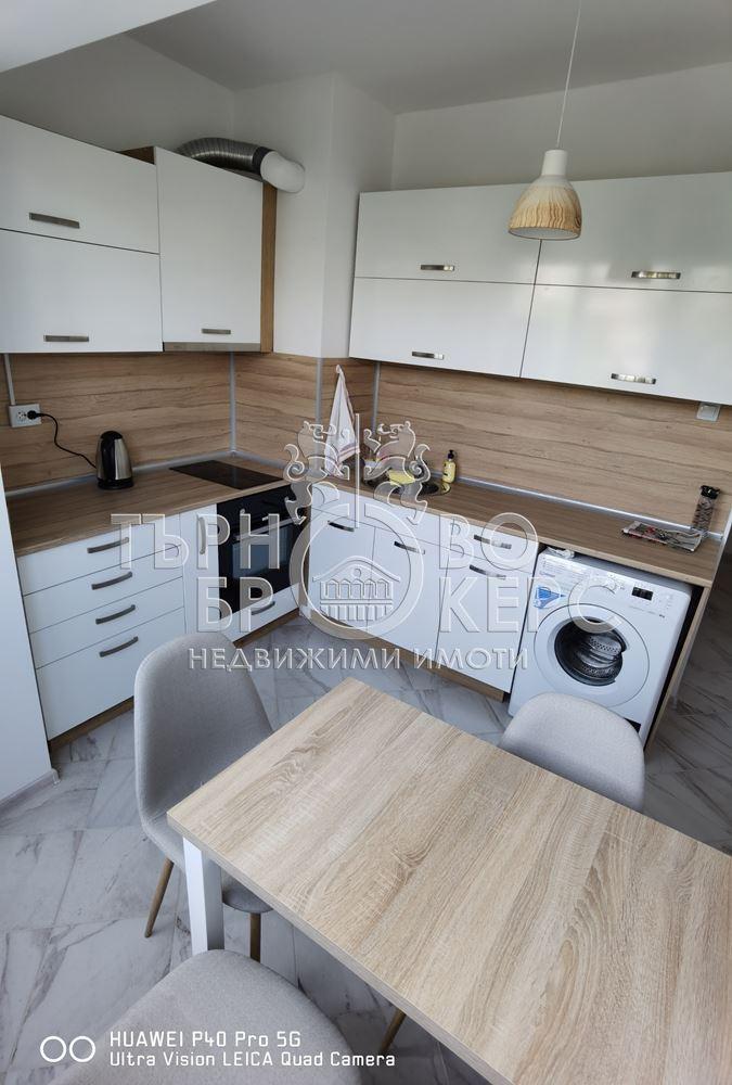 Тристаен апартамент  във  Велико Търново за 500лв - Тристаен нов