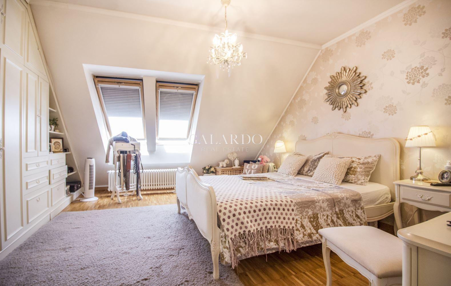 Просторен апартамент с гледка към Витоша