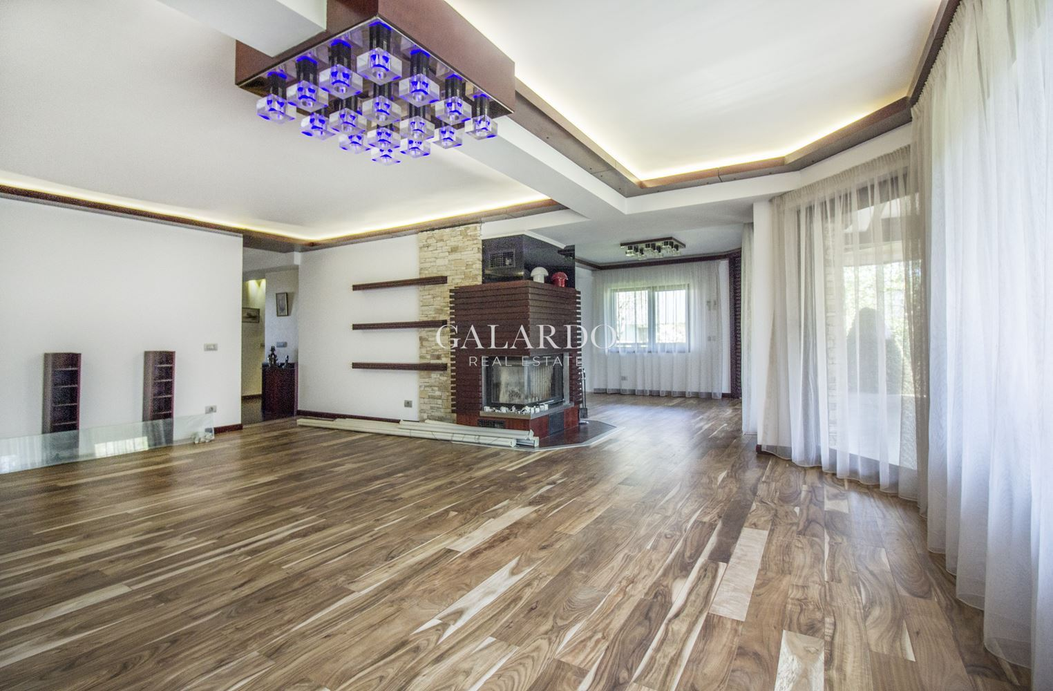 Stylish and cozy house in Simeonovo district