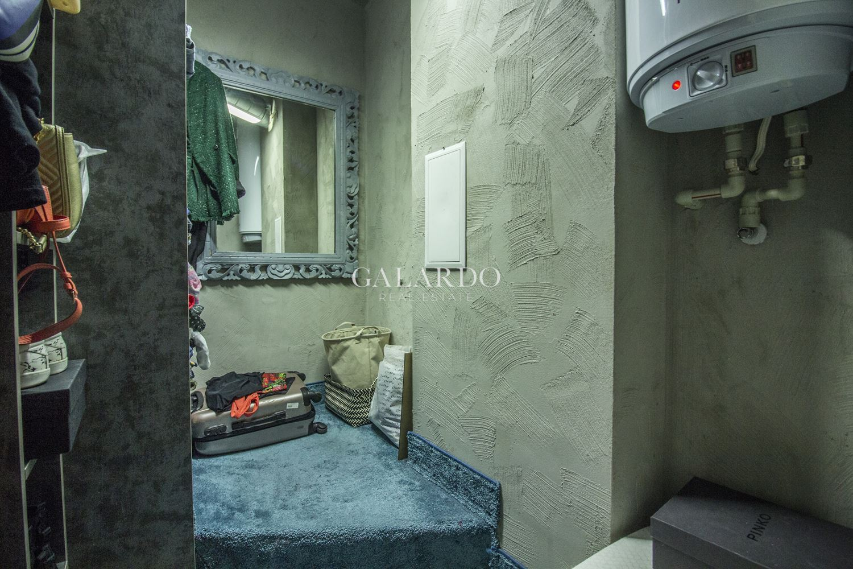 Дизайнерски двустаен апартамент в Кръстова вада