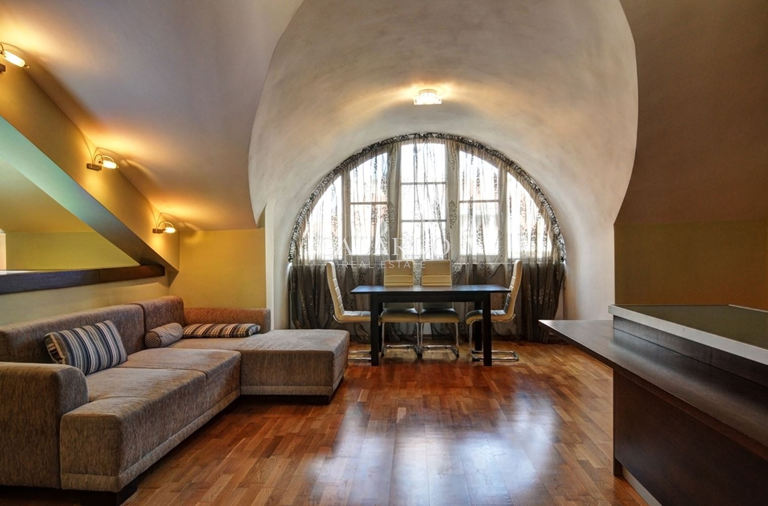 Луксозен тристаен апартамент в кв. Лозенец