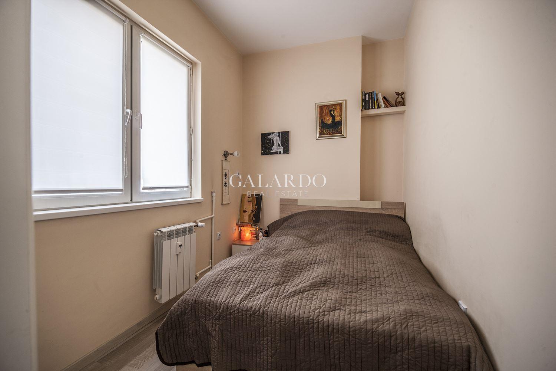 Прекрасен апартамент в центъра на София