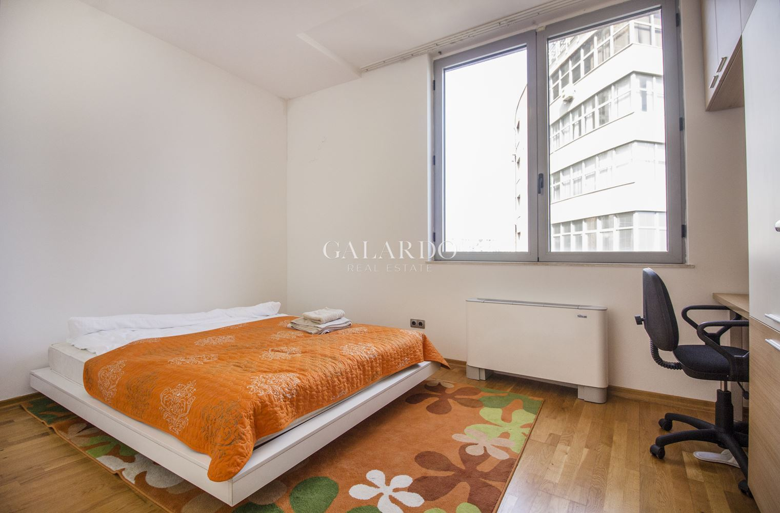 Sunny and spacious apartment in a gated complex